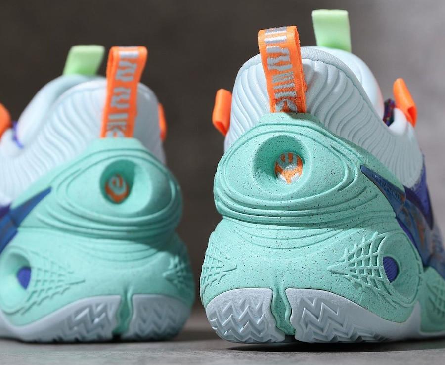 Nike Cosmic Unity ASG violet orange et vert menthe (1)