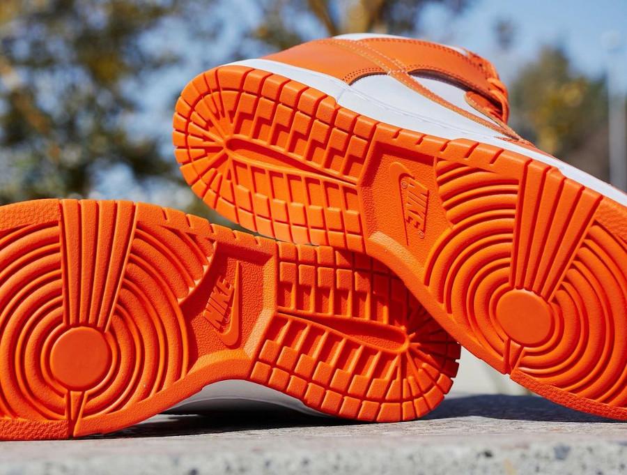 Nike Dunk Hi blanche et orange (3)