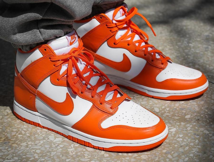 Nike Dunk Hi blanche et orange (6)