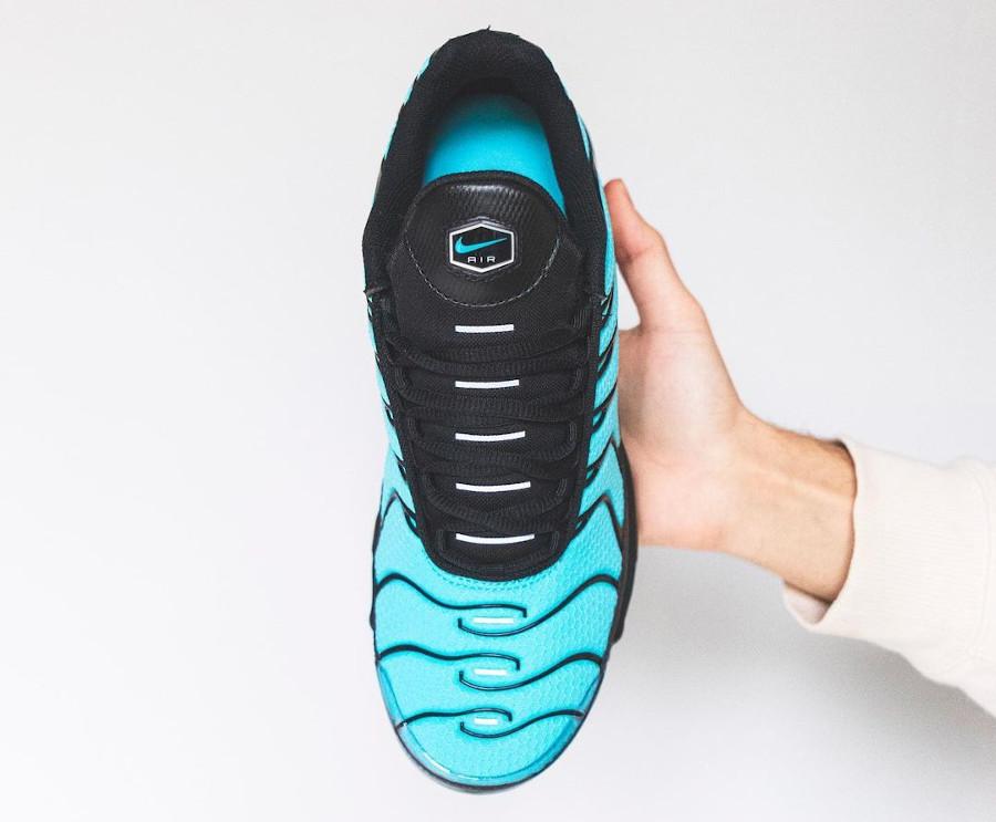Nike Tuned 1 2021 bleu turquoise noire et argent (3)