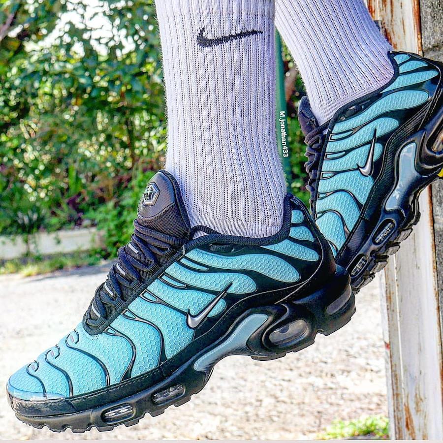 CV8838-400 : que vaut la Nike Air Max Plus Requin Tiffany Blue Aqua ?