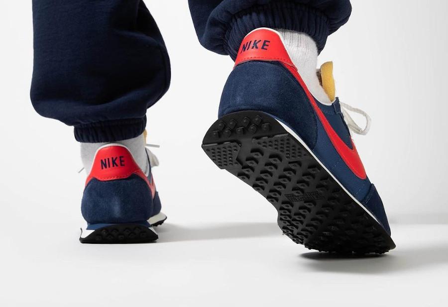 Nike Waffle Trainer II bleu foncé et rouge (3)
