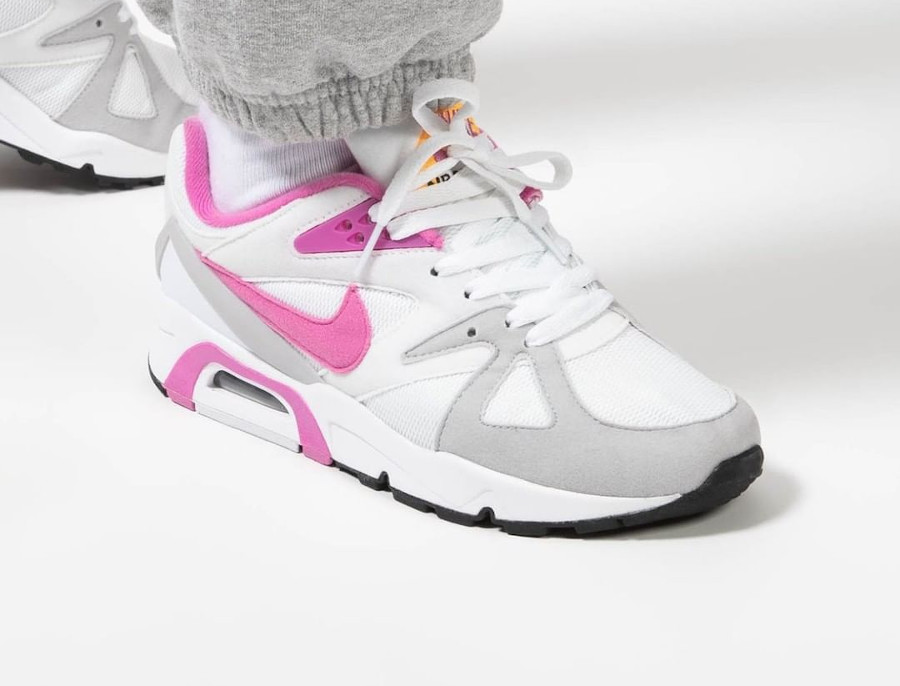 Women's Nike Air Structure rose blanche et rose (2)