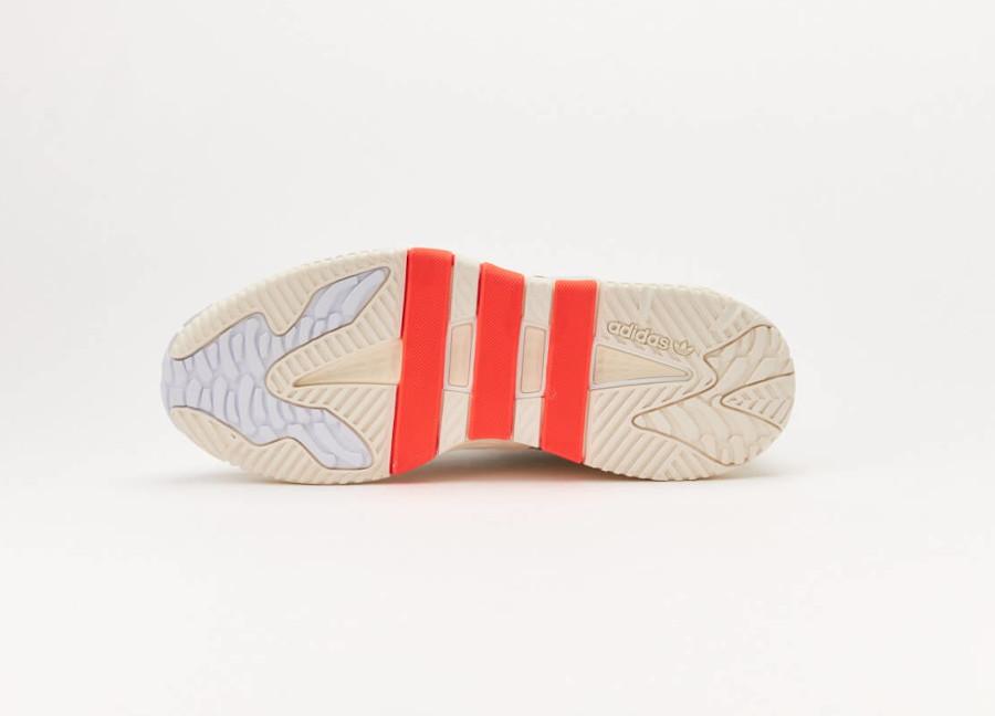 Adidas Nite Ball blanc cassé grise et orange (4)