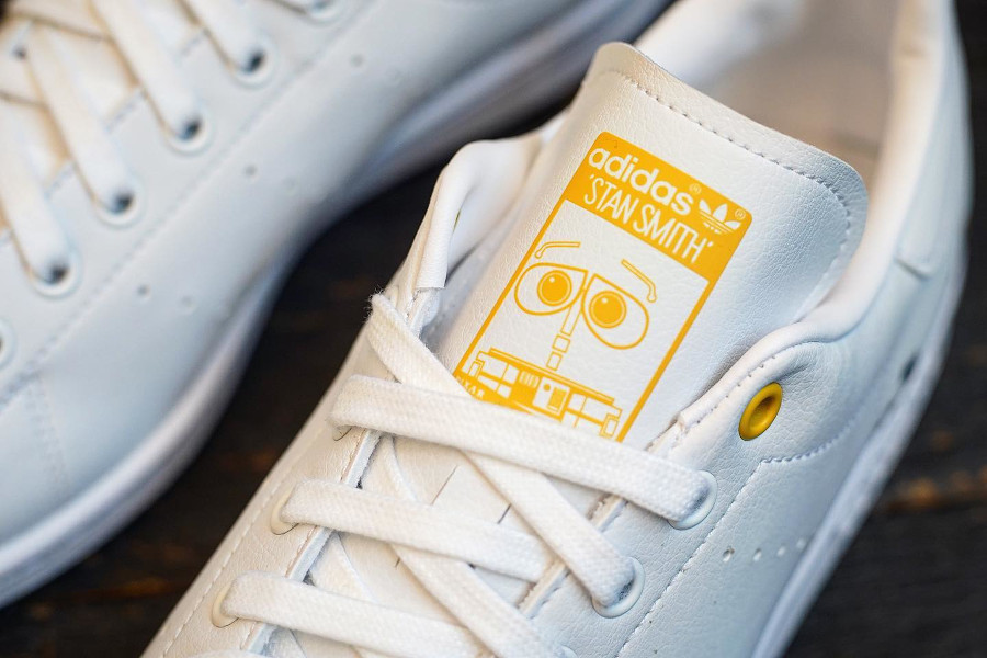 Adidas x Pixar Stan Smith Primegreen Wall-E GZ3097