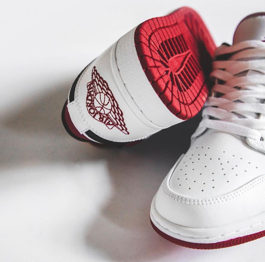 Air Jordan 1 basse 2021 blanche rouge et noire (1)