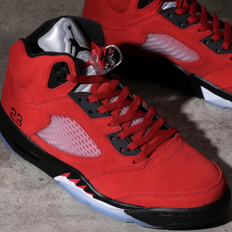 Air Jordan V Retro DMP en suède rouge (1-2)
