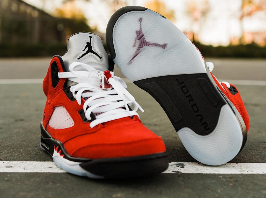 Air Jordan V Retro DMP en suède rouge (11)