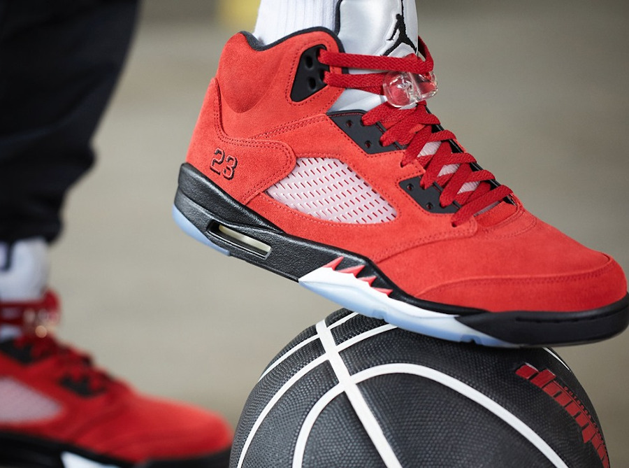 Air Jordan V Retro DMP en suède rouge (2)