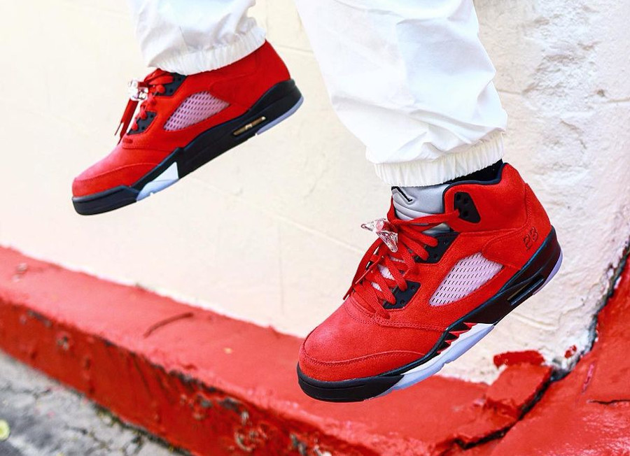 Air Jordan V Retro DMP en suède rouge (3)
