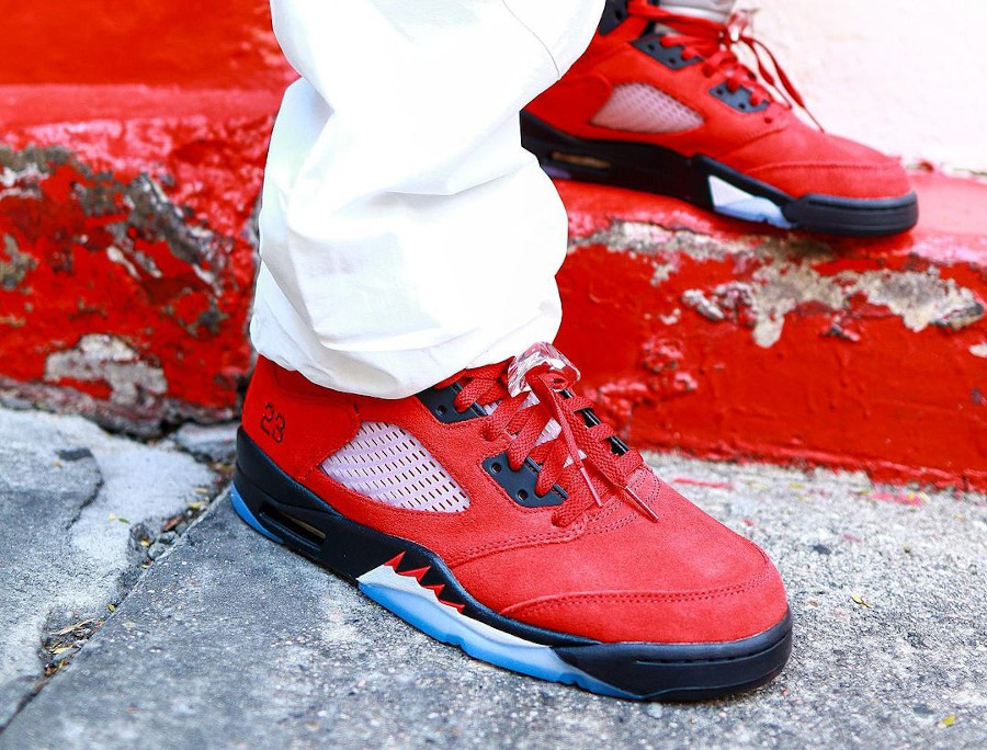 Air Jordan V Retro DMP en suède rouge (6)