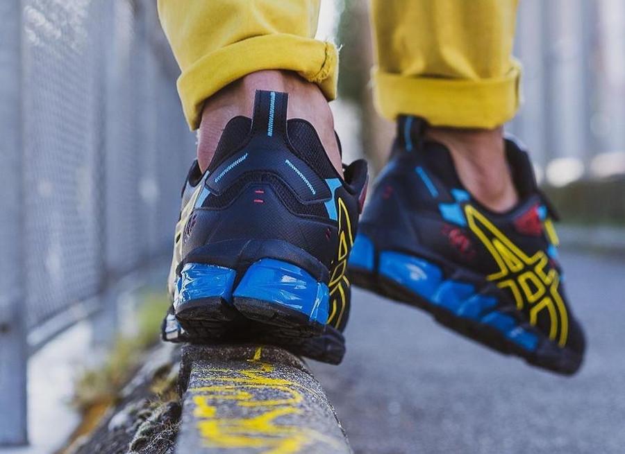 Asics Gel Quantum 180 noire bleu et jaune on feet (2)