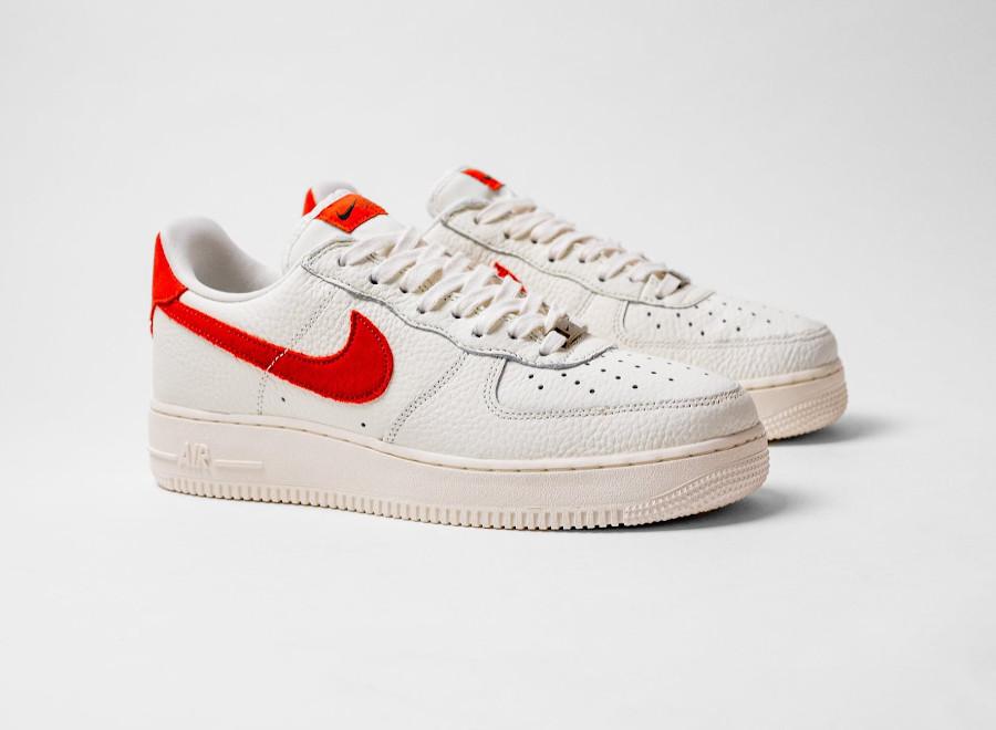 Nike AF1 Low 2021 blanc cassé et orange (5)