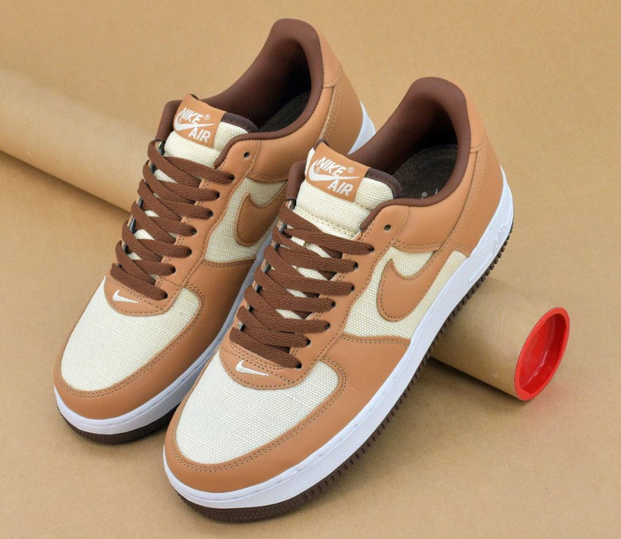 Nike Air Force One CO.JP marron et beige (3)