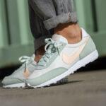 Nike Wmns Dbreak 'Barely Green'