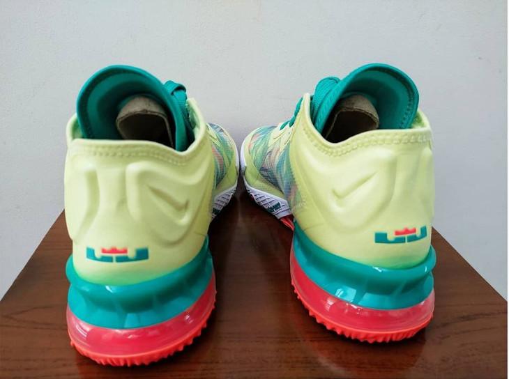 Nike Lebron 18 Low Lebronald (1)