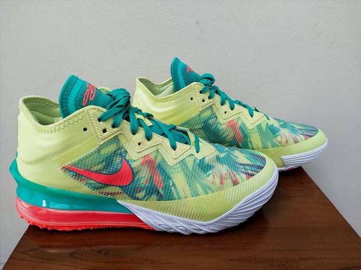 Nike Lebron 18 Low Lebronald (2)