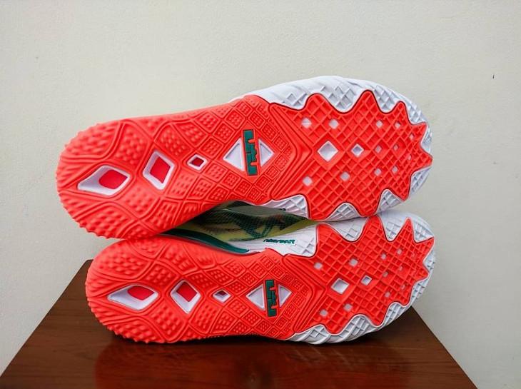 Nike Lebron 18 Low Lebronald (3)