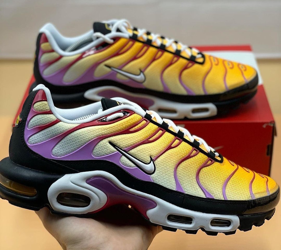 Nike Tuned 1 Tiger Berry (1)
