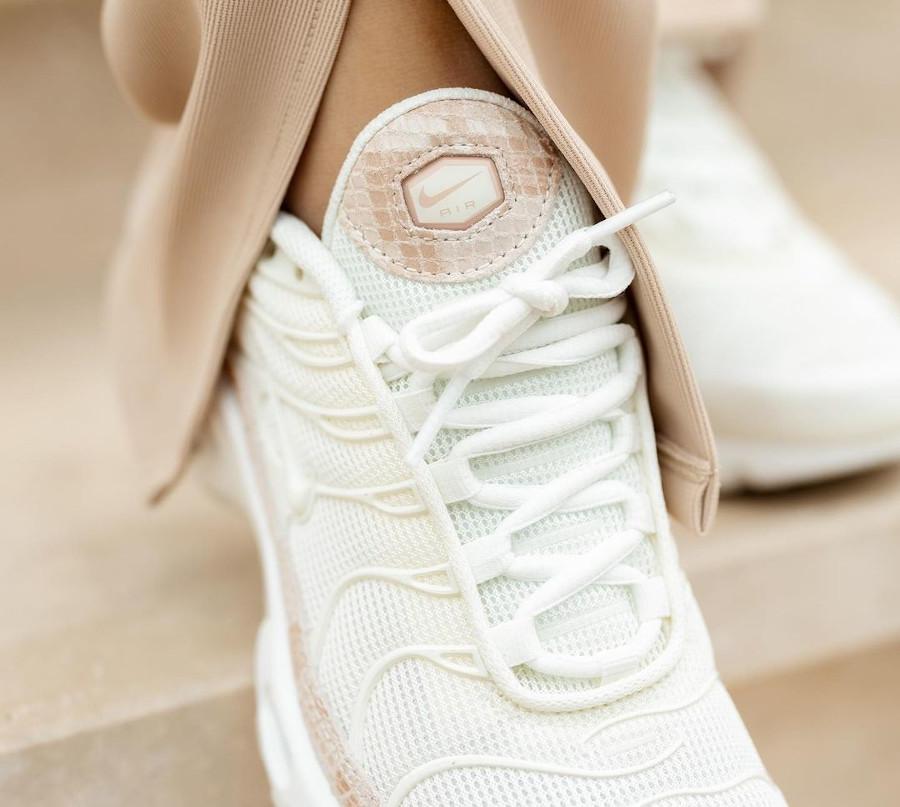 Nike Tuned 1 avec un imprimé serpent (1)