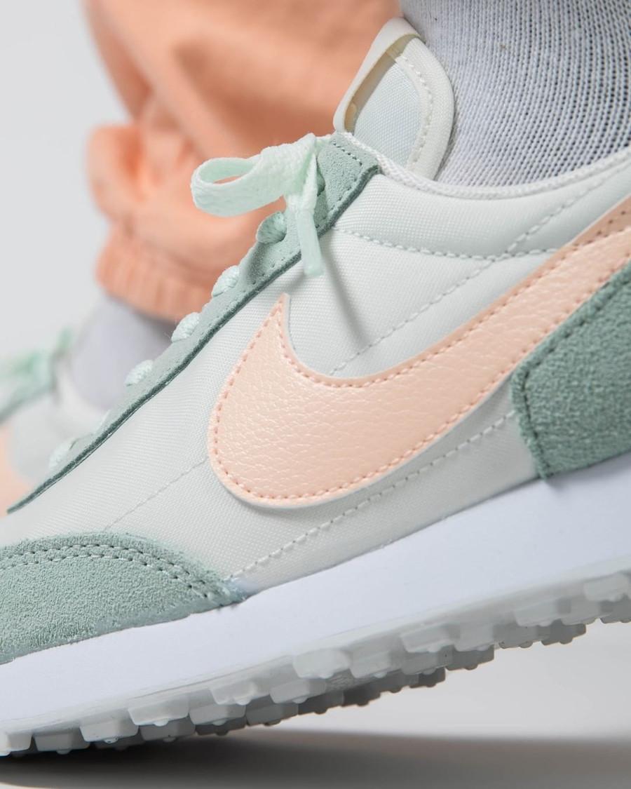 Nike Wmns Dbreak vert pastel et rose (1)