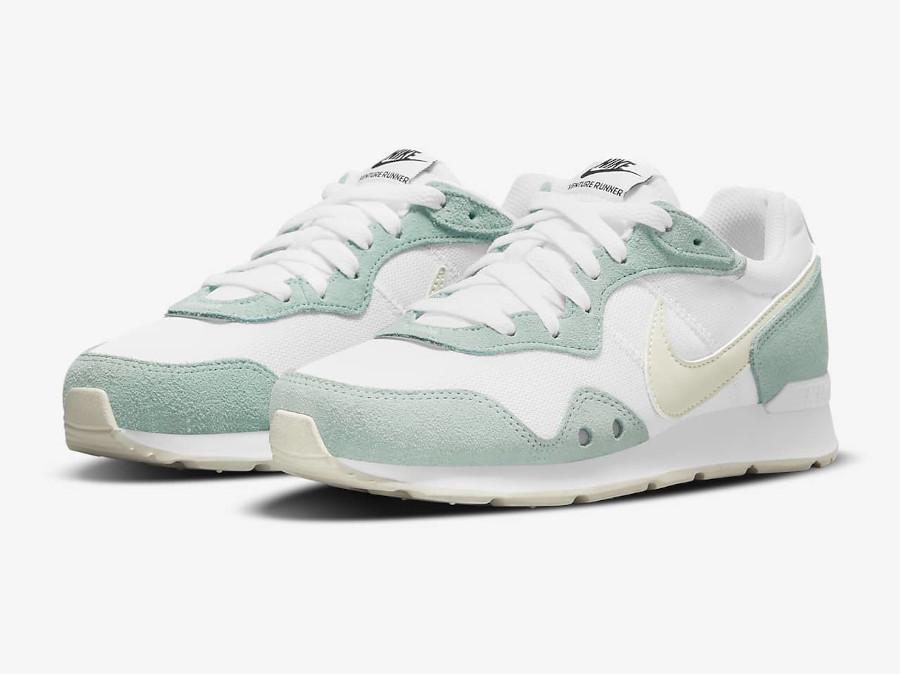 Nike Wmns Venture Runner menthe pastel (3)