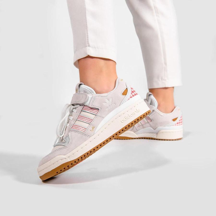 Adidas Forum Lo keffieh on feet (1)