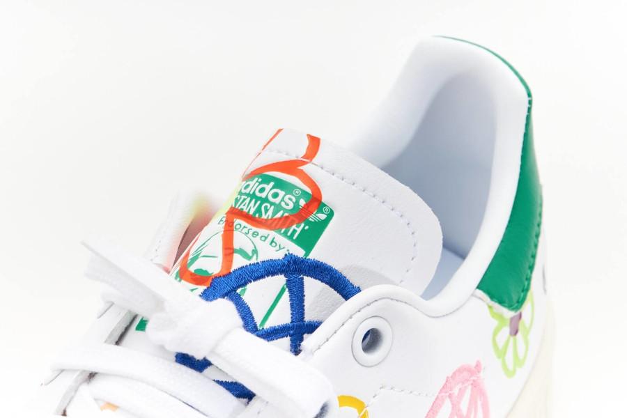 Adidas Stan Smith recyclée à fleurs (7)