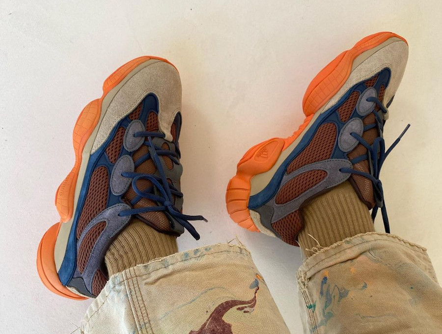Adidas Yezzi 500 Enflame on feet (4)
