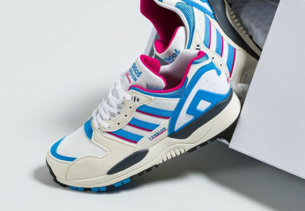Adidas ZX 0000 blanche bleue et rose (couv)