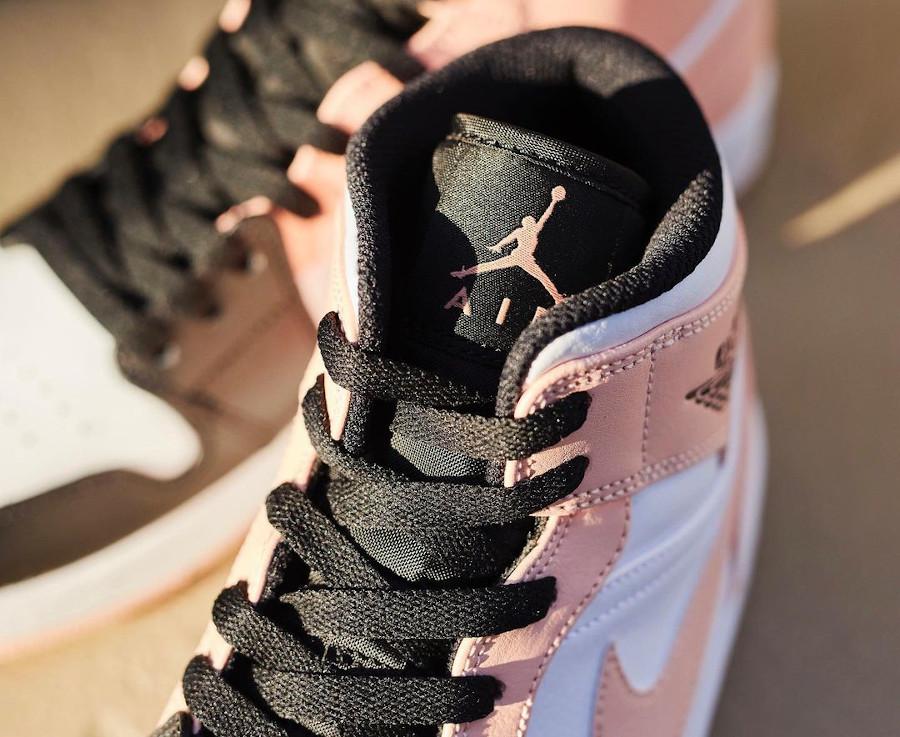 Air Jordan 1 Mid 2021 rose blanche et noire (2)