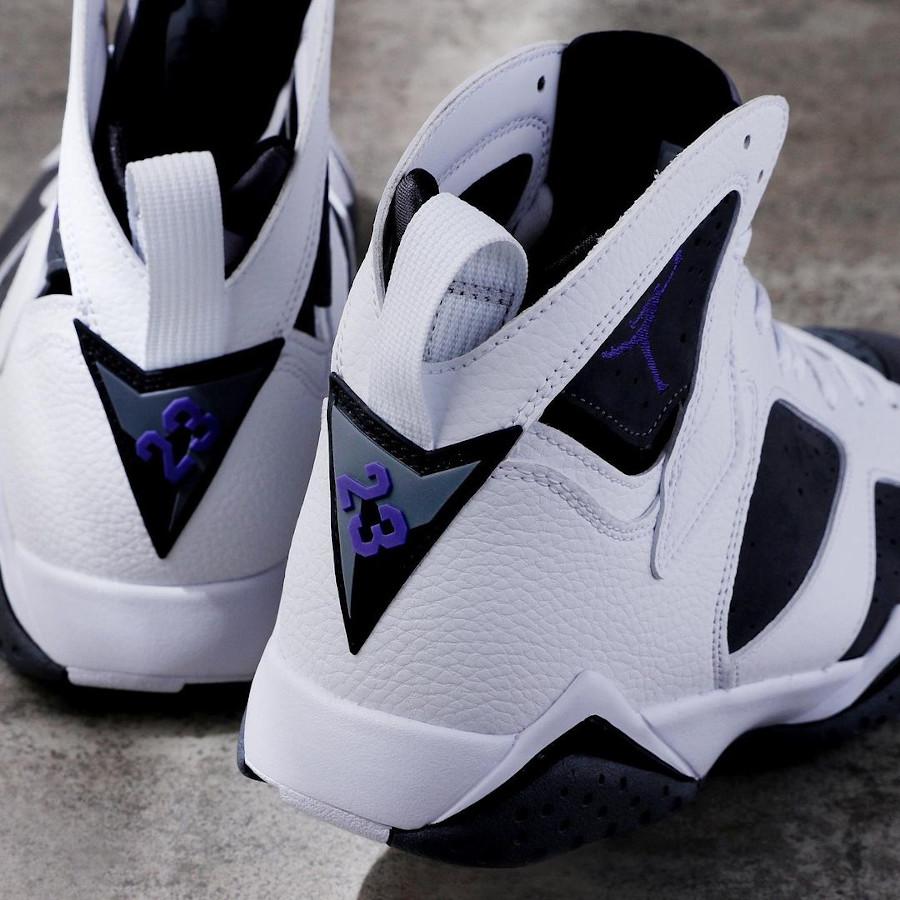 Air Jordan VII blanche grise et violette (3)