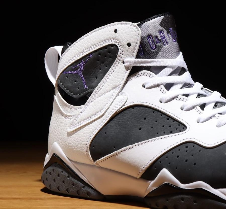Air Jordan VII blanche grise et violette (4)