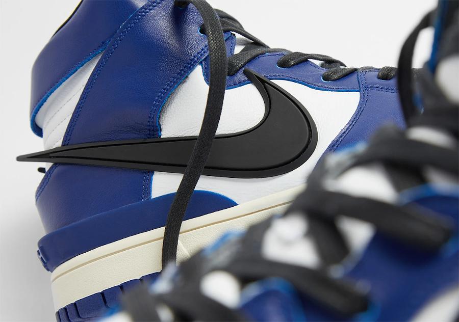Ambush x Nike Dunk High blanche bleue et noire (3)