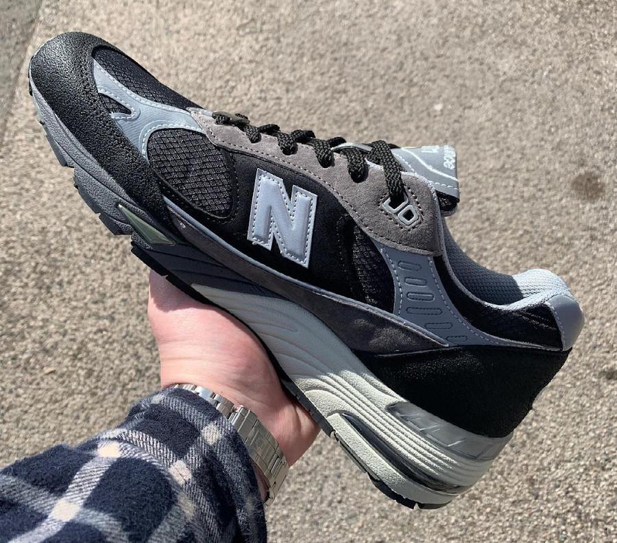 New Balance 991 SJ grise et noire (2)