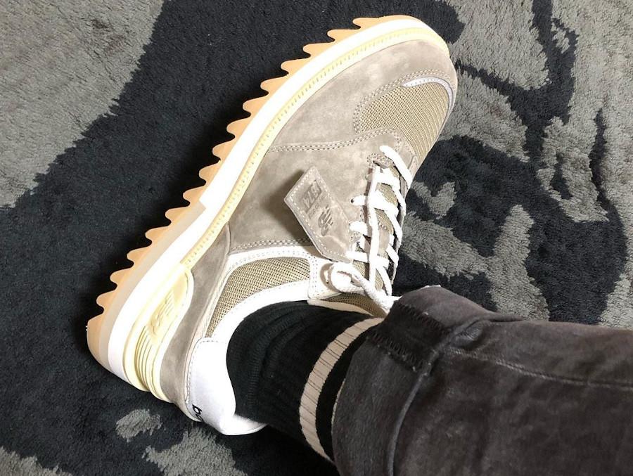 New Balance TDS 574 Vibram Ripple Sole grise on feet (1)