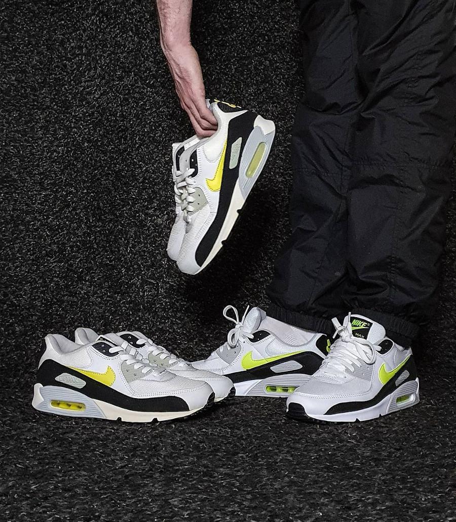 Nike AM90 Essential White Hot Lime 2021 CZ1846-100