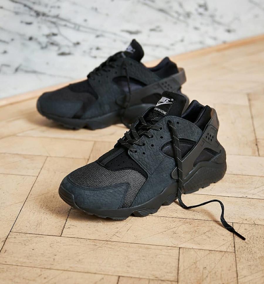 Nike Air Huarache noir LDN Hyper Local (5)