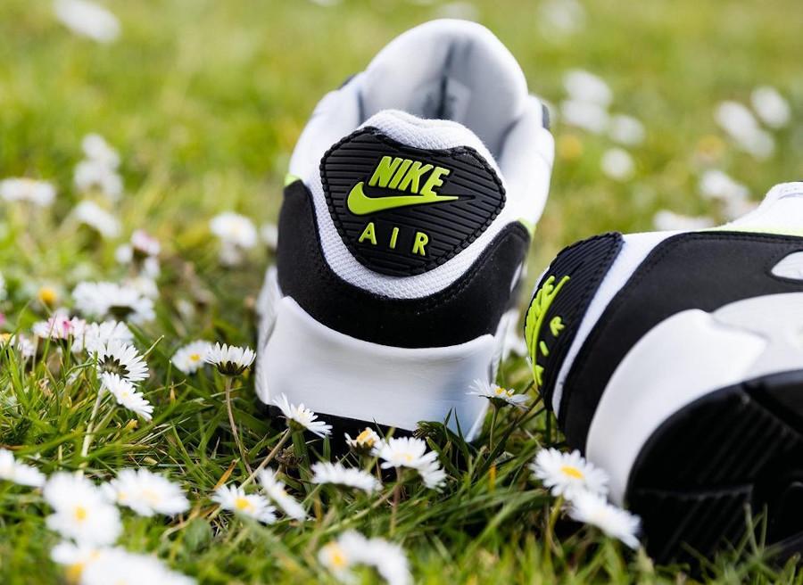 Nike Air Max III blanche noire et jaune citron (1)