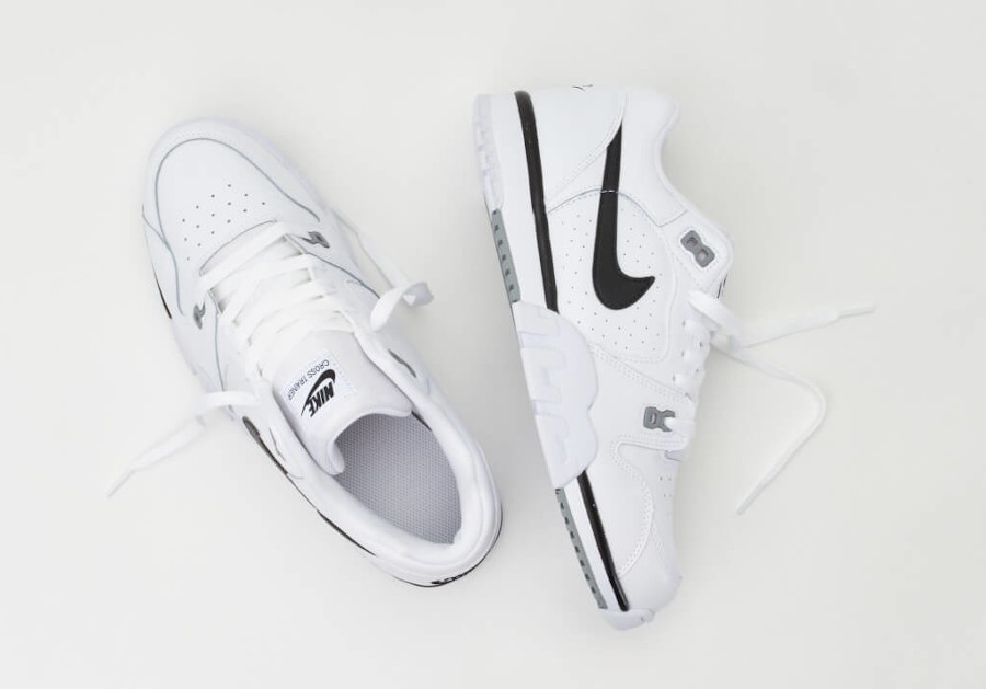Nike Cross Trainer Low White Black pas cher