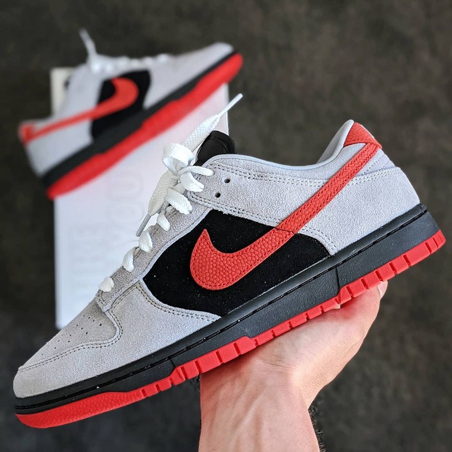 Nike Dunk Low by you Infrared kicksandfamily