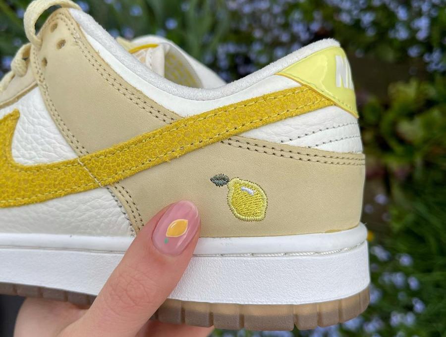 Nike Dunk low en suède jaune pastel 2021 (1)