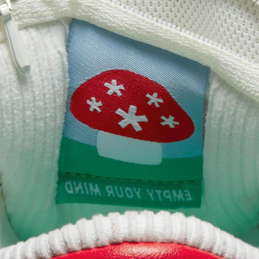 Nike SB dunk Low champignon rouge et blanche (1)