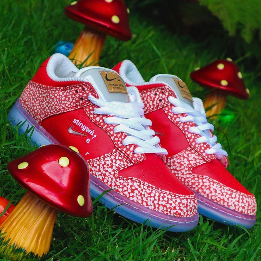 Nike SB dunk Low champignon rouge et blanche (6)