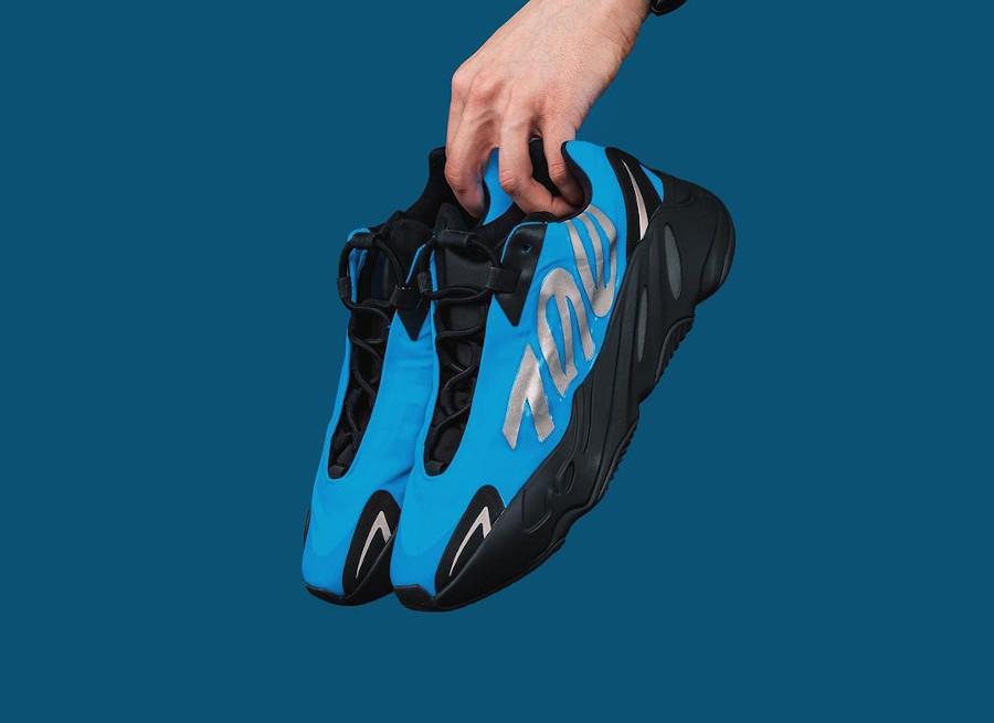 Adidas Yeezy 700 Minivan bleu et noir (0)