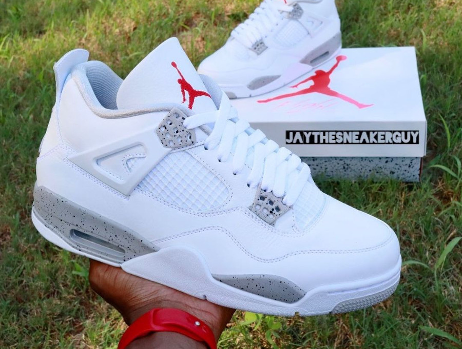 Air Jordan IV blanche imprimé ciment (5)