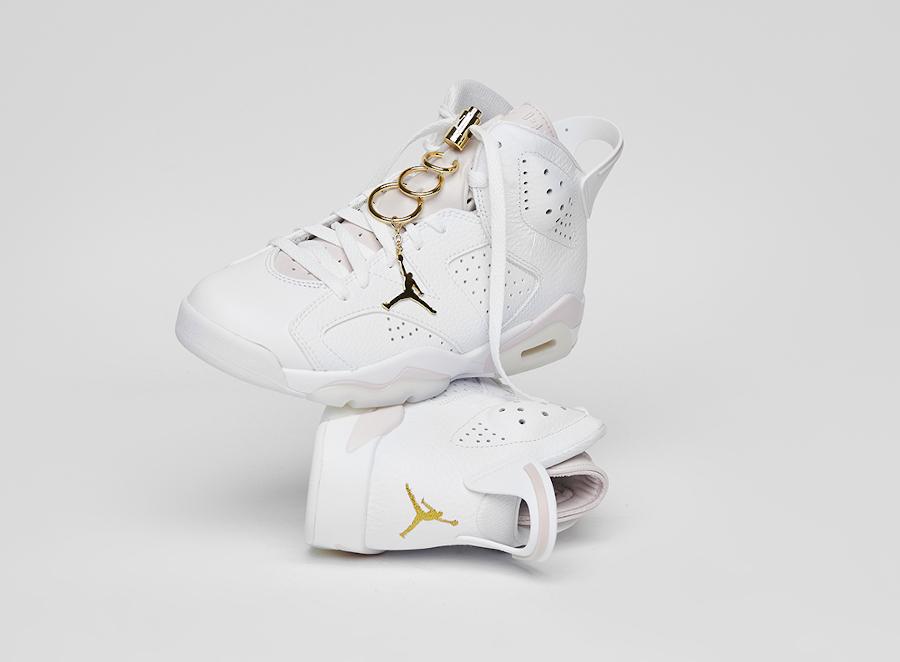 Air Jordan VI boucles d'oreilles dorées (2)