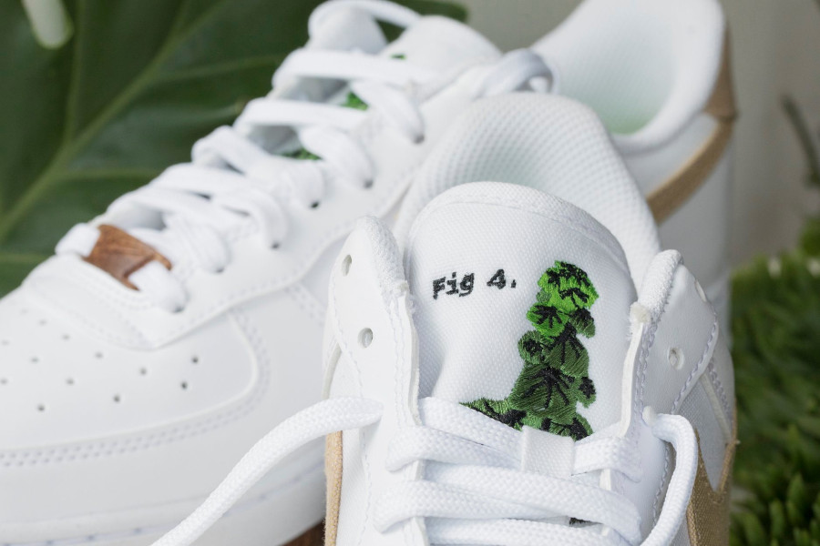 Nike Air Force One 2021 Flora blanche et beige (1)