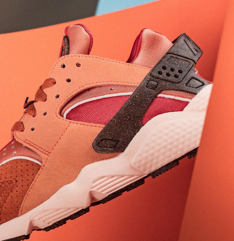 Nike Air Huarache 2021 Chile Red (2)