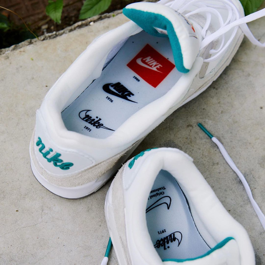 Nike Air Max 90 beige blanche et turquoise (1)